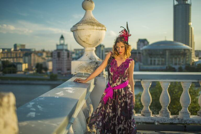 Платье женское натуральный шелк ручная вышивка размер 44